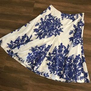 Gap Blue and White Floral Midi Skirt